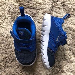 Nike Free Toddler Sneakers size 7